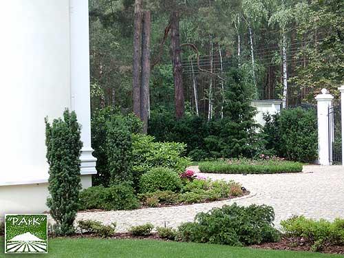 Ogród przy rezydencji w Konstancinie 3