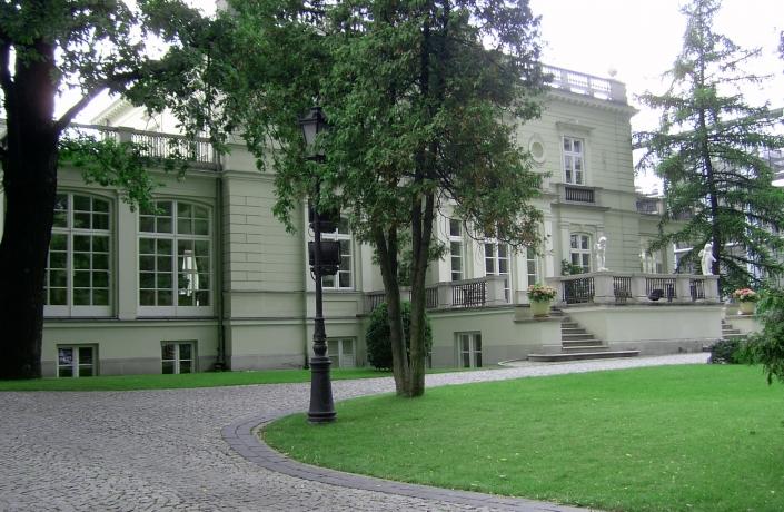 Realizacje - Ogród przy Pałacu Sobańskich - zdjęcie 6