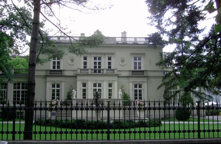 Realizacje - Ogród przy Pałacu Sobańskich - zdjęcie 1