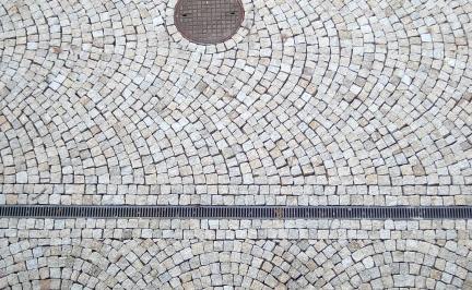 kostka granitowa łuki rzymskie