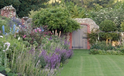 Inspiracje - Ogród Norfolk - zdjęcie 1